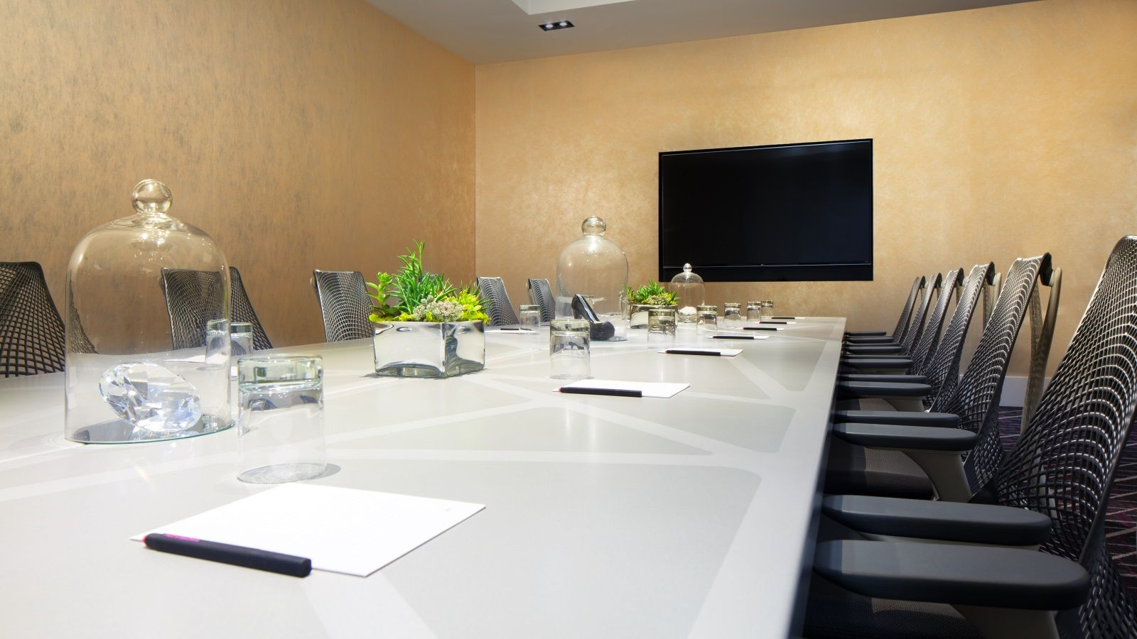 San Francisco Event Venue | Strategy Boardroom